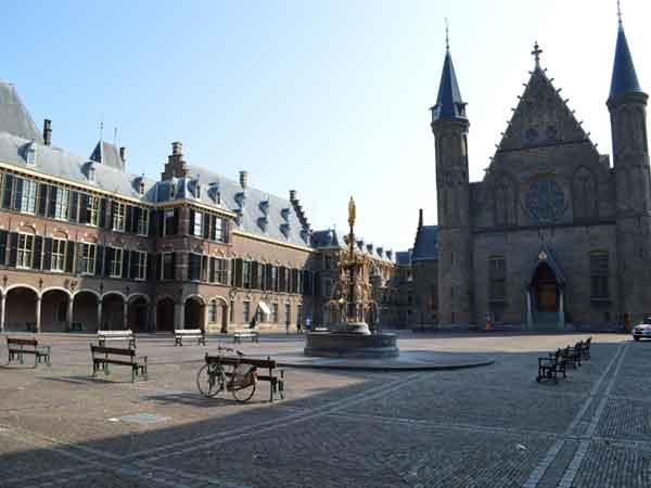 Ridderzaal-Den-Haag1