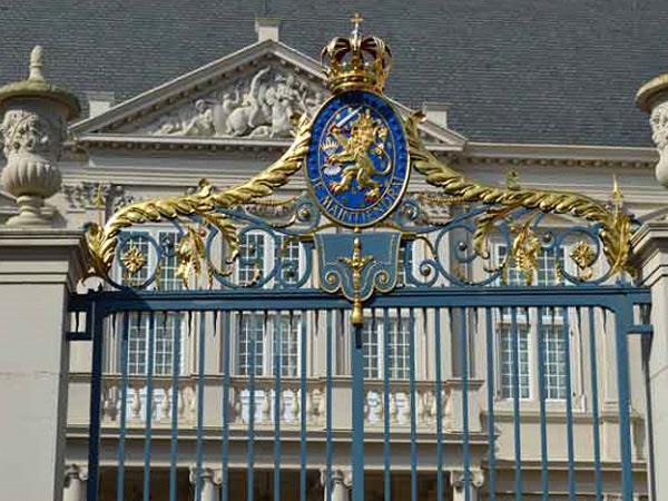 Van Koninklijke Huize en Escher in het Paleis